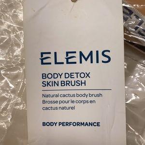 Brand New Body Brush